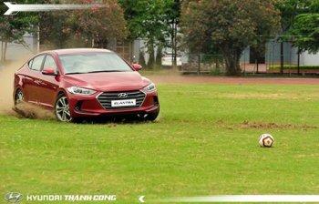 Hyundai Elantra 2016 sắp đến tay người dùng Việt