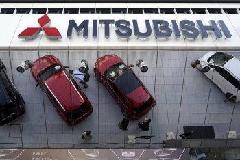 """Bê bối nhiên liệu vẫn """"đeo bám"""" Mitsubishi"""