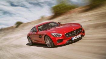 Siêu xe Mercedes-AMG GT S bị dừng bán vì lỗi trục máy