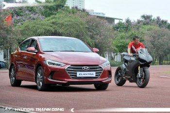 Thành Lương và Nga Tây giành giật chiếc Hyundai Elantra 2016