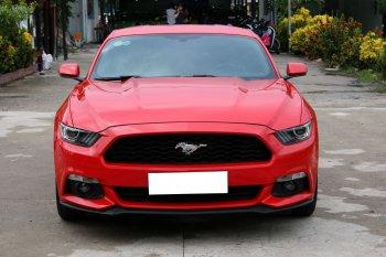 """Tận tay """"khám"""" Ford Mustang Premium Fastback 2015 giá 1,9 tỷ tại Sài Gòn"""