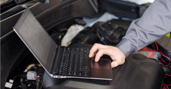 Xe Jeep bị trộm dễ dàng qua laptop