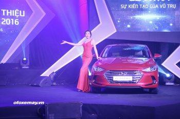 Hyundai Elantra 2016 được bán với giá từ 615 triệu đồng