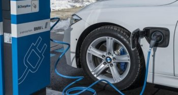 BMW 3-Series thế hệ mới sẽ chạy điện  hoàn toàn