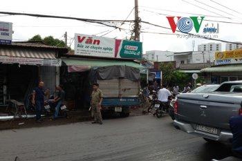 Xe tải không người lái gây tai nạn