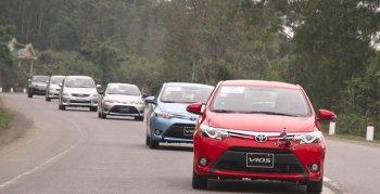 """Toyota Vios giành lại """"ngôi vương"""" tại thị trường Việt"""