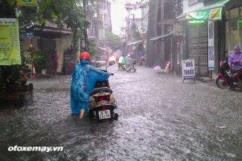 Cách bảo dưỡng xe sau khi lội nước
