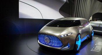 Chủ xe Mercedes, Infiniti quan tâm nhất đến xe tự lái