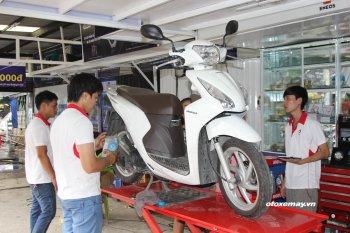 """Thợ Sài Gòn cập nhật các bước chẩn đoán """"bệnh"""" cho xe máy"""