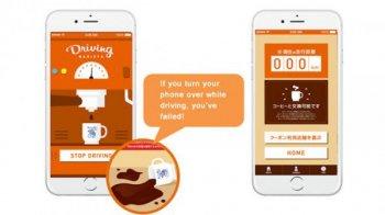 Không dùng điện thoại khi lái xe được uống cà phê miễn phí