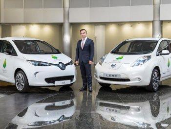 Liên minh Renault-Nissan cảnh báo Toyota hãy dè chừng!