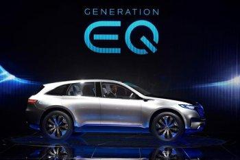 Mercedes ra mắt dòng xe EQ chạy điện