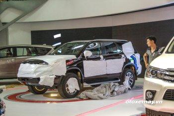 Fortuner 2016 xuất hiện ở gian trưng bày của Toyota Việt Nam