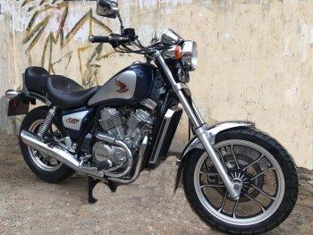 Biker Việt săn cruiser hàng hiếm Honda NV400
