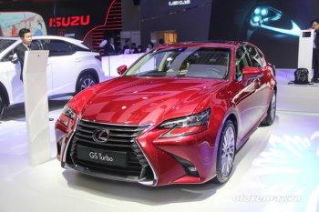 VMS 2016: GS Turbo 2016 toả sáng gian hàng Lexus Việt Nam