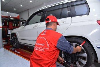 Bridgestone mở chương trình hỗ trợ người Việt lái xe an toàn
