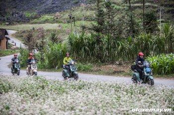 Vespa Sprint phượt cao nguyên đá Hà Giang