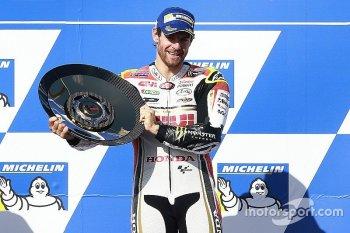 Chặng 16 MotoGP 2016: Cal Crutchlow tận dụng thành công sai lầm của Marquez
