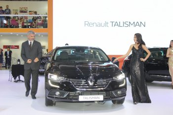 Renault hút khách qua màn trình diễn công phu bậc nhất tại VIMS 2016