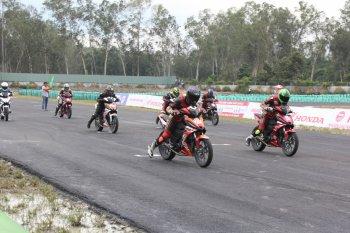 Honda Winner tranh tài trên đường đua chuẩn Nhật tại Bình Dương