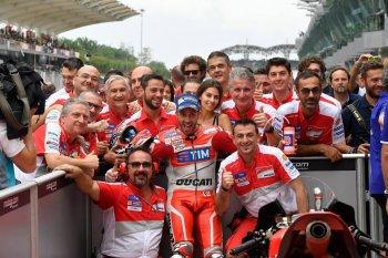 "Chặng 17 MotoGP 2016: Cuộc ""nổi loạn"" của Ducati"