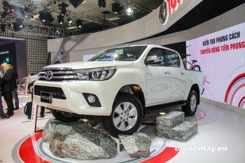 Toyota thay động cơ mới cho Hilux 2016