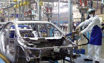 Công nghiệp ôtô: Chiều quá sinh hư