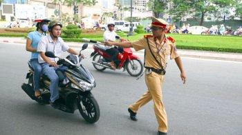 Bắt đầu phạt xe máy không chính chủ từ 2017