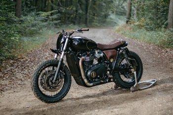Ngang tàn nhưng vẫn lịch lãm: Triumph T120 của Old Empire Motocycles