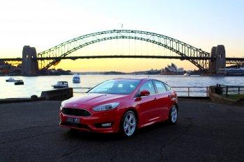 Ăn, Chơi & Lái Ford Focus phượt Úc