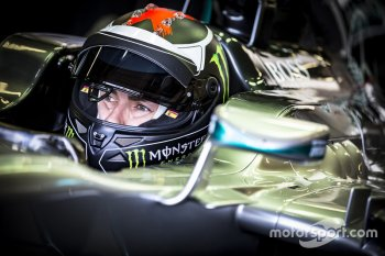 Jorge Lorenzo chuyển sang đua xe F1 ?