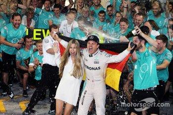 Chức vô địch thế giới F1 đầu tiên của Nico Rosberg