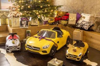 Ý tưởng quà tặng Giáng sinh ý nghĩa từ Mercedes