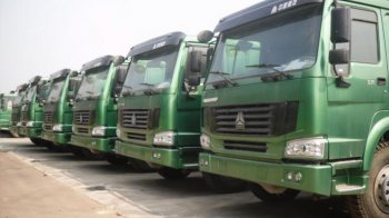 Nhập khẩu ô tô Trung Quốc giảm hơn 50%