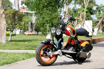 """Ấn tượng chiếc Scooter 125cc độ """"freestyle"""" của thợ Việt"""