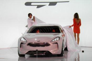 Lộ diện Kia GT 2017, giá khoảng 900 triệu đồng