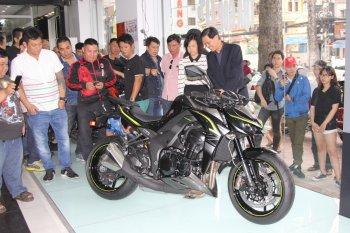 Chính thức ra mắt Kawasaki Z1000 2017 giá từ 399 triệu đồng