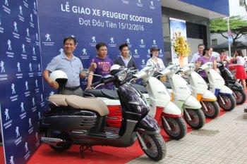 Peugeot Việt Nam giao lô xe ga đợt đầu tiên, giá đắt hơn SH