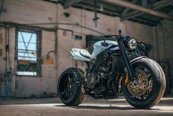 Honda CBR độ Retro-Fighter siêu đẹp của Wenley Andrew