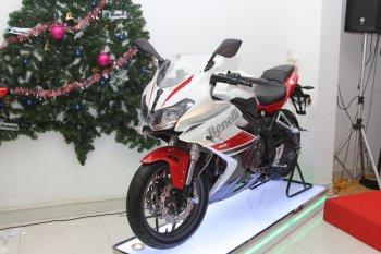 Yamaha R3 khó khăn giành khách Việt với đối thủ Benelli 302R rẻ hơn tới 50 triệu