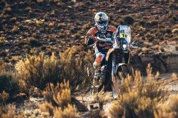 Dakar 2017 chặng 4: KTM buồn vui lẫn lộn