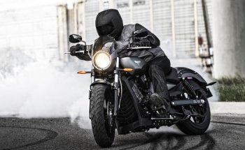 Hãng xe mô tô Victory Motorcycles chính thức đóng cửa