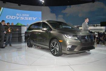 Honda tăng sức mạnh và công nghệ cho Odyssey 2018