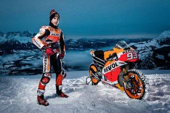 Marc Marquez chinh phục núi tuyết với siêu xe MotoGP