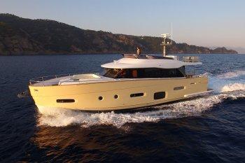 """Azimut Magellano 66: Khi """"chiếc SUV"""" vẫy vùng trên biển"""