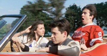Vua trốn học và siêu xe Ferrari là bộ mặt nước Mỹ hôm nay?