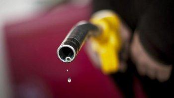 VCCI: Tăng thuế môi trường với xăng dầu là lợi bất cập hại