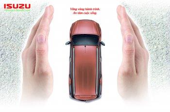 Isuzu Việt Nam tặng bảo hiểm cho khách mua xe