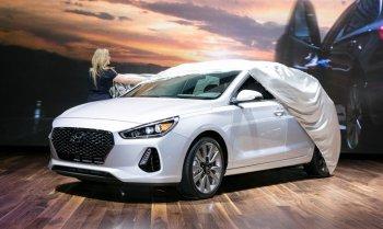 Hyundai Elantra GT 2018 ra mắt cực ngầu