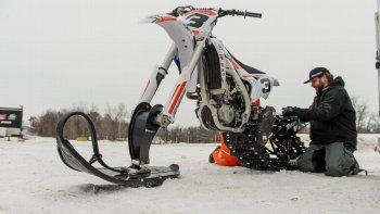 Mãn nhãn màn đua motocross độ trên tuyết